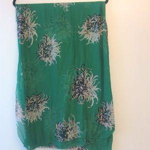 Carolina Herrera Green Flower Print Shall